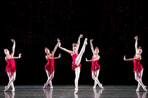 "Ifer_Kronenberg_&_MCB_dancers_in_""Rubies.""__Choreography_by_George_Balanchine,_photo_by_Joe_Gato"