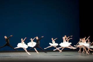 B_for_balanchine_01_525