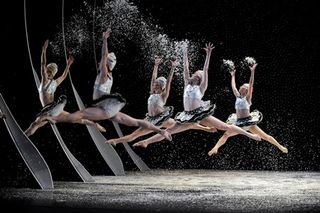 The Mark Morris Dance Group in the Snow Scene from The Hard Nut_414_PC_Stephanie Berger R