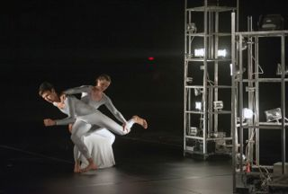 Trisha Brown Dance1