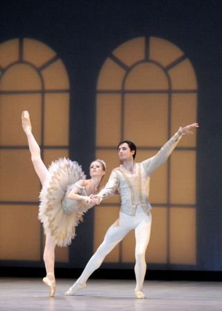 Heather Ogden and Pavel Gurevich in Pas de Dix photo by Linda Spillers_RT