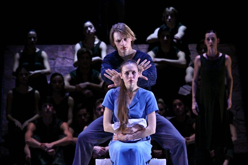 "Anna Laudere (the mother), Edvin Revazov (her husband) and ensemble, ""Christmas Oratorio I-VI"", Hamburg Ballet – John Neumeier, 2013"