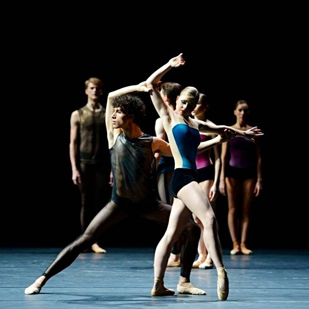 "1. Pablo von Sternenfels, Heather MacIsaac and ensemble, ""workwithinwork"" by William Forsythe, Stuttgart Ballet 2013"