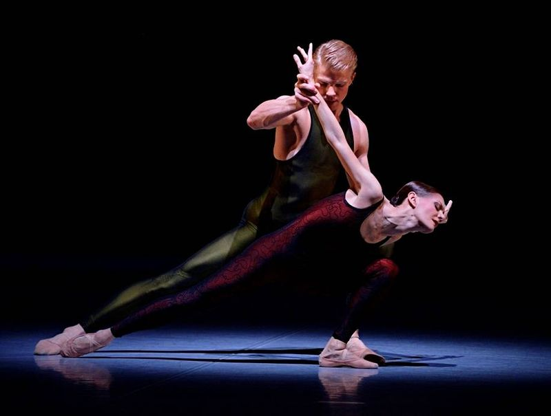 "3. Marijn Rademaker and Maria Eichwald, ""Frank Bridge Variations"" by Hans van Manen, Stuttgart Ballet 2013"