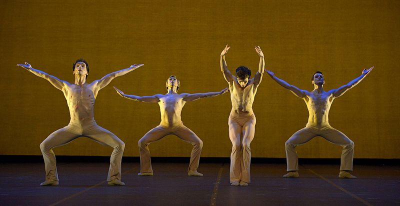 "3. Ensemble, ""Clear"" by Stanton Welch, State Ballet Berlin 2014"