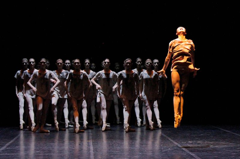 "5. Hyo-Jung Kang and ensemble, ""Aftermath"" by Demis Volpi, Stuttgart Ballet 2014"