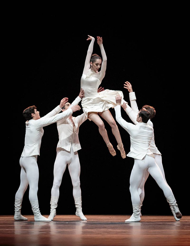 "3. Julia Weiss and ensemble, ""Tanzsuite"" by Alexei Ratmansky, Semperopera Ballet 2014"
