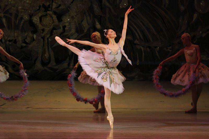 "5. Oxana Skorik (Medora, in Baden-Baden danced by Alina Somova), ""Jardin Animé"" (""Le Corsaire""), Pyotr Gusev after Marius Petipa, Maryinsky Ballet, © Natasha Razina 2013"
