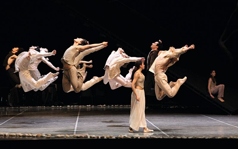 "10. Lucia Rios and ensemble, ""Messiah"" by John Neumeier, Hamburg Ballet 2014"