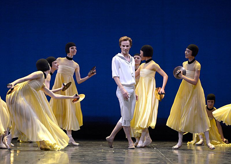 "5. Rainer Krenstetter and ensemble, ""Namouna"" by Alexei Ratmansky, State Ballet Berlin 2014"