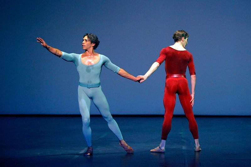 "7. Jason Reilly and Evan McKie, ""Songs of a Wayfarer"" by Maurice Béjart, Stuttgart Ballet 2014"