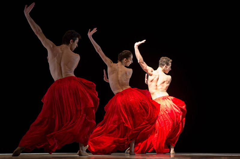 "1. Guy Albouy, Julia Weiss and Claudio Cangialosi, ""Bella Figura"" by Jiří Kylián, Semperopera Ballet 2014"
