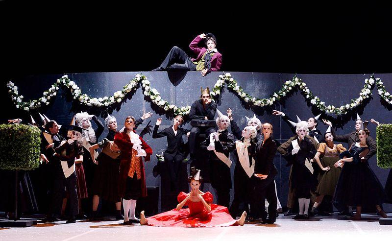 """3. Ensemble, """"Leonce & Lena"""" by Christian Spuck, Stuttgart Ballet 2014"""