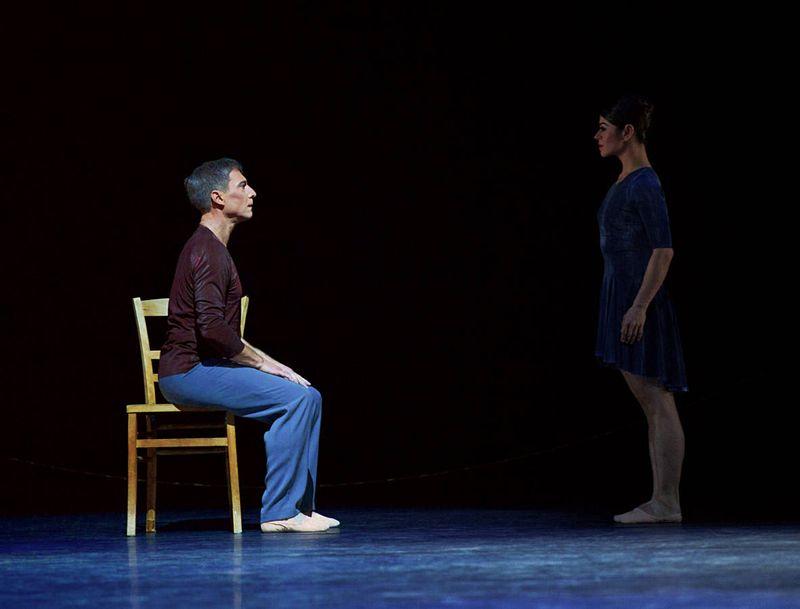 """8. Martin Schläpfer and Marlúcia do Amaral, """"Alltag"""" by Hans van Manen, Ballett am Rhein 2014"""