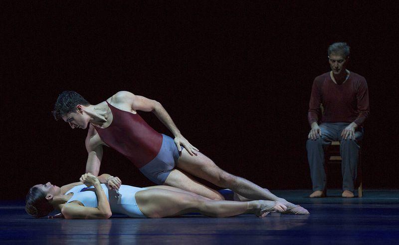 """12. Doris Becker, Alexandre Simōes and Martin Schläpfer, """"Alltag"""" by Hans van Manen, Ballett am Rhein 2014"""