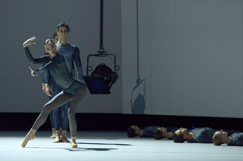 "1. Juliette Brunner, Filipe Portugal, Ty Gurfein, Esther Pérez Samper, Mélissa Ligurgo, Cristian Alex Assis and Mélanie Borel, ""Forellenquintett"": ""A-Life"" by Douglas Lee, Ballet Zurich 2014"