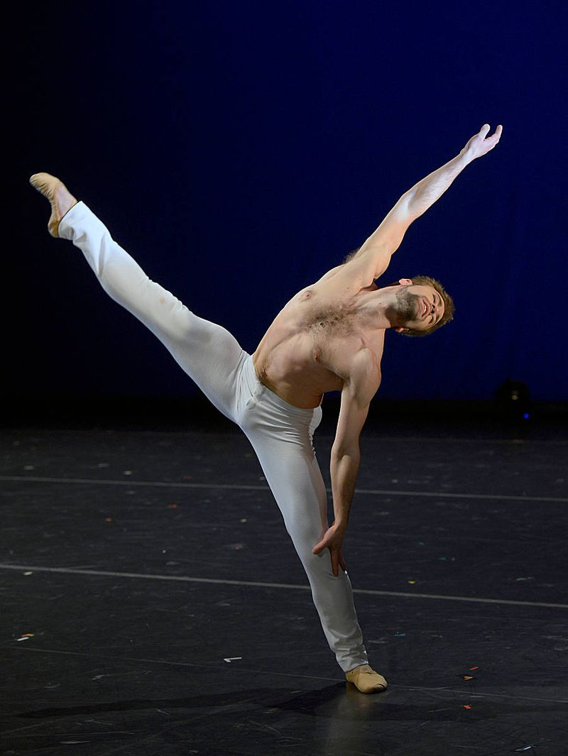 "1. Jón Vallejo, ""Canon in D Major"" by Jiří Bubeníček, ""2.International Ballet Gala"", Ballet of the State Theater Nuremberg 2015"
