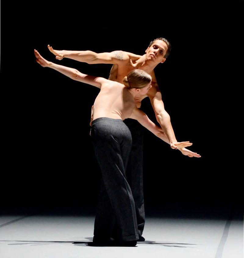 """2. Roland Havlica, Heather MacIsaak, """"Le Chant du Rossignol"""" by Marco Goecke, Stuttgart Ballet 2015"""