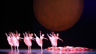 Mariinsky Ballet_ Alexei Ratmansky's The Little Humpbacked Horse_Photo by Natasha Razina (9)