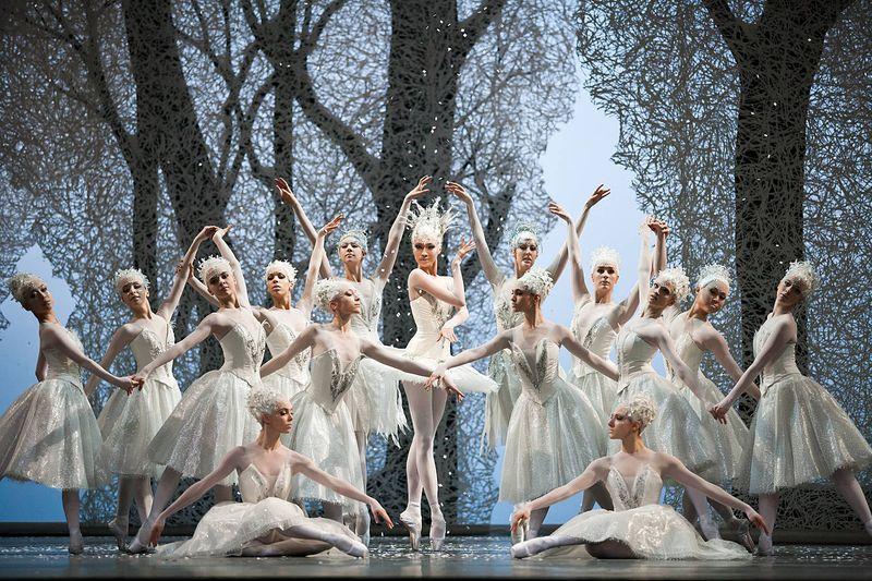 "4. Sangeun Lee (Snow Queen) and ensemble, ""The Nutcracker"" by Aaron S. Watkin and Jason Beechey, Semperopera Ballet 2014"