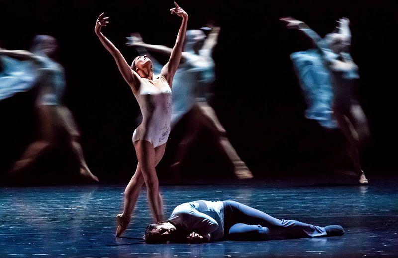 "10. Courtney Richardson (Giselle), Fabien Voranger (Albrecht) and ensemble, ""Giselle"" by David Dawson, Semperoper Ballet Dresden 2015"