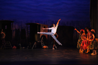 Marcelo Gomes & The Sarasota Ballet in Sir Frederick Ashton's The Two Pigeons Act II - Photo Frank Atura (1)