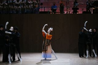 Hagoromo_center-Wendy-Whelan_PC_Julieta-Cervantes