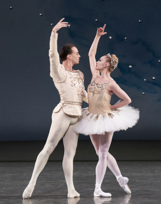 NYCB_Diamonds_Sara Mearns and Tyler Angle in Diamonds from George Balanchine's Jewels. Photo credit Paul Kolnik