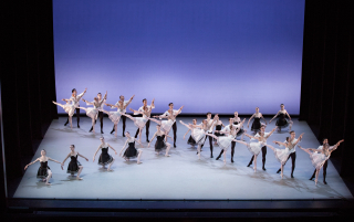 Gounod Symphony_The Suzanne Farrell Ballet_Choreography by George Balanchine_Photo by Paul Kolnik