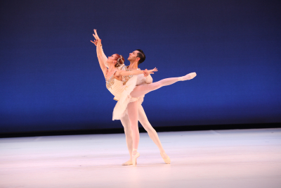 Danielle Brown & Ricardo Graziano in George Balanchine's Diamonds - Photo Frank Atura