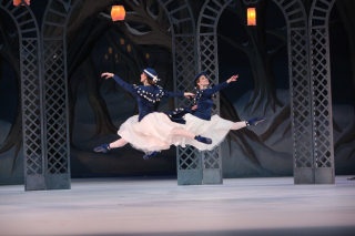 Kate Honea & Katelyn May in Sir Frederick Ashton's Les Patineurs