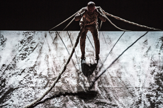 Cal-performances-akram-khan-company-xenos-4-jean-louis-fernandez